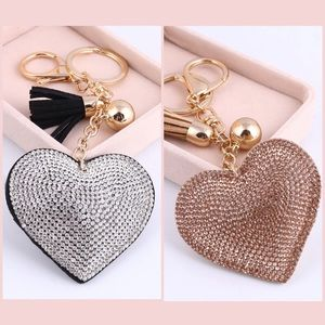 Accessories - ✨SPARKLING HEART BLING KEY CHAIN✨